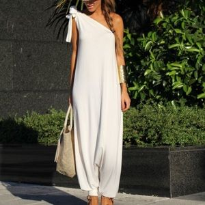 Pants - ISO a jumpsuit like this